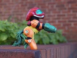 Size: 900x675 | Tagged: safe, metroid, nintendo, samus aran, sculpture, toy