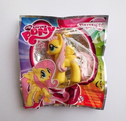 Size: 799x768 | Tagged: safe, fluttershy, figure, irl, magazine figure, photo, toy, turkish