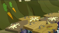 Size: 1280x720 | Tagged: safe, screencap, the hooffields and mccolts, 300, carrot, cupcake, discovery family logo, door, food, our cupcakes will blot out the sun, shield