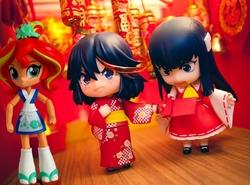 Size: 921x683   Tagged: safe, artist:whatthehell!?, edit, sunset shimmer, fish, equestria girls, ami koshimizu, clothes, cosplay, costume, doll, equestria girls minis, eqventures of the minis, food, hakurei reimu, irl, kill la kill, kimono (clothing), lamp, merchandise, nendoroid, photo, ryuko matoi, satsuki kiryuin, sunset sushi, sushi, touhou, toy, voice actor joke