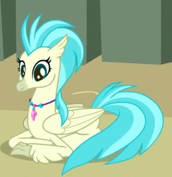 Size: 406x417 | Tagged: safe, screencap, classical hippogriff, hippogriff, surf and/or turf, background hippogriff, cropped, female, jewelry, necklace, prone, solo, unnamed hippogriff