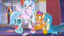 Size: 1366x768 | Tagged: card, card game, discovery family logo, eating, gallus, ocellus, plate, playing card, safe, screencap, she's all yak, silverstream, smolder, spoiler:s09e07, stack