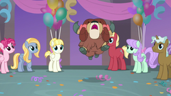 Size: 1280x720 | Tagged: bow, cloven hooves, earth pony, female, hair bow, male, mare, monkey swings, pegasus, pony, safe, screencap, she's all yak, spoiler:s09e07, stallion, sugar cookie, unicorn, yak, yona