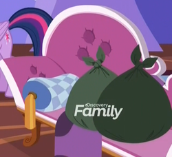 Size: 640x584 | Tagged: alicorn, cropped, discovery family logo, dragon dropped, fainting couch, female, implications, mare, pillow, pony, safe, screencap, spoiler:s09e19, trash, trash bag, twilight sparkle, twilight sparkle (alicorn)