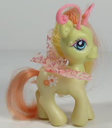 Size: 522x600 | Tagged: safe, photographer:breyer600, zipzee, breezie, g3, official, toy