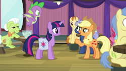 Size: 1920x1080 | Tagged: safe, screencap, applejack, cup cake, golden crust, goldengrape, granny smith, midnight snack (character), sir colton vines iii, spike, twilight sparkle, alicorn, dragon, a trivial pursuit, spoiler:s09e16, bag, friendship student, saddle bag, twilight sparkle (alicorn), winged spike