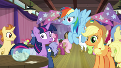 Size: 1920x1080 | Tagged: safe, screencap, applejack, bulk biceps, cheerilee, daisy, doctor whooves, flower wishes, golden crust, goldengrape, midnight snack (character), rainbow dash, roseluck, sir colton vines iii, time turner, twilight sparkle, alicorn, a trivial pursuit, spoiler:s09e16, bag, friendship student, saddle bag, twilight sparkle (alicorn)