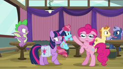 Size: 1920x1080 | Tagged: safe, screencap, cup cake, golden crust, midnight snack (character), pinkie pie, spike, twilight sparkle, alicorn, dragon, a trivial pursuit, spoiler:s09e16, bag, friendship student, great moments in animation, saddle bag, smear frame, twilight sparkle (alicorn), winged spike