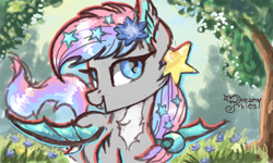 Size: 854x512 | Tagged: safe, artist:dreamyskies, oc, oc:dreamyway skies, bat pony, 3ds, bat wings, complex background, decoration, fangs, female, flower, flower in hair, happy, looking at you, mare, open mouth, pose, quick draw, scenery, smiling, solo, wings