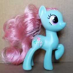 Size: 1501x1501   Tagged: safe, photographer:tailrustedtealeaf, minty, toy